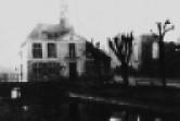 Kerkgebouw en gemeentehuis is 1944